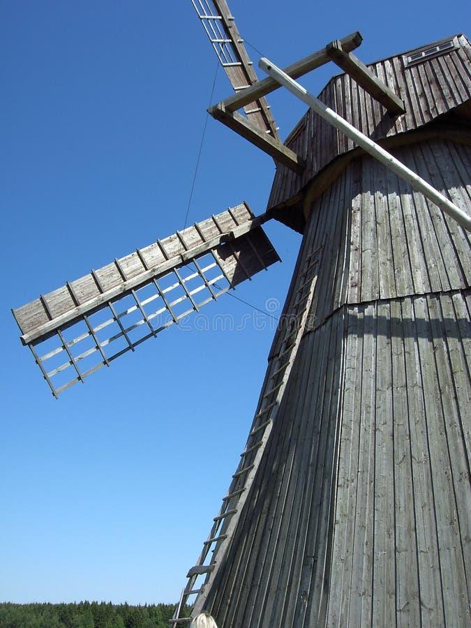 Laminatoio ventoso in Dududki nel Belarus fotografie stock libere da diritti