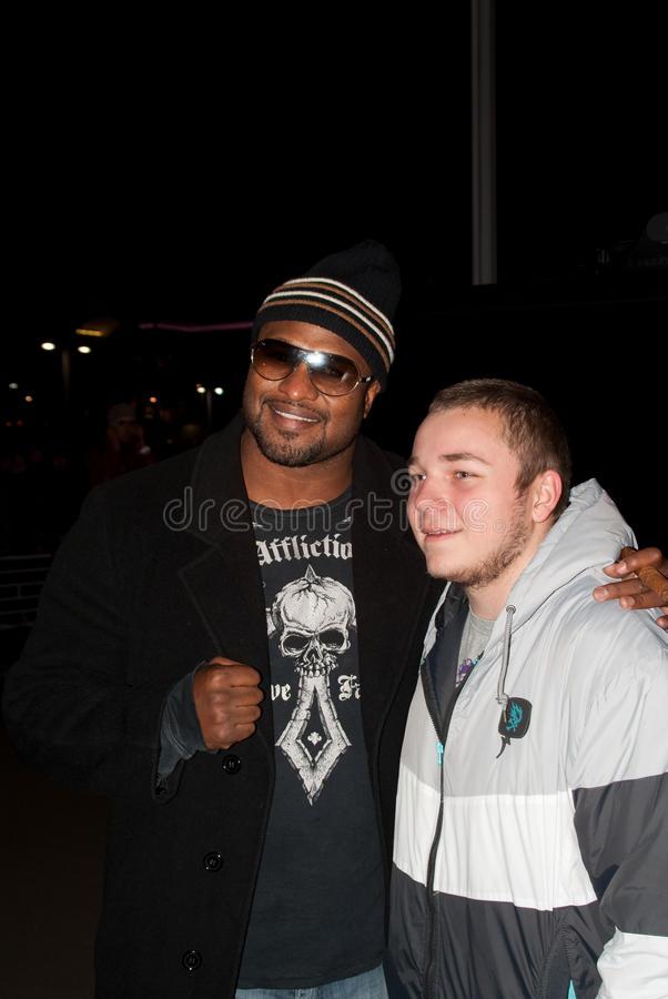 Lamon Brewster With Fan In Moscow Editorial Photo