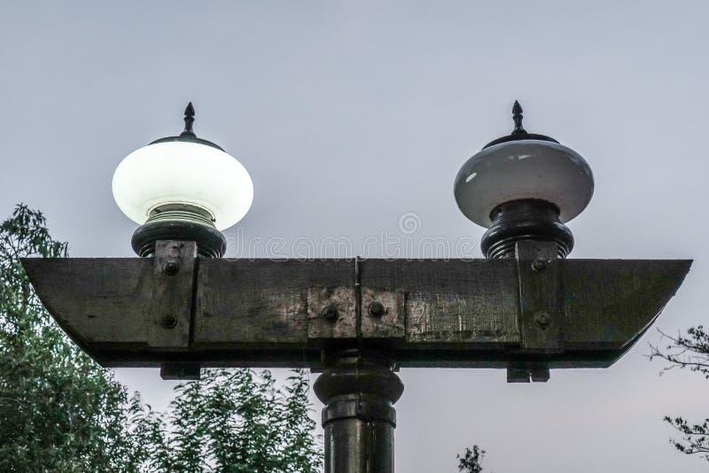 Lamp in de ochtend stock foto's