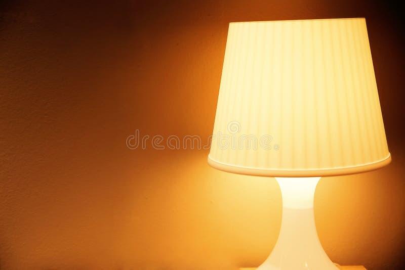 Lampa i den klassiska stilen royaltyfria foton