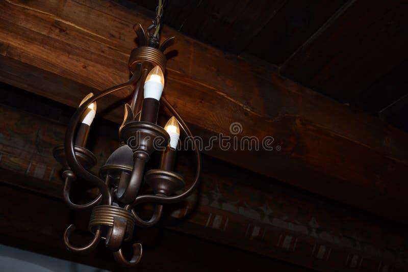 Lampa som inspireras av medeltida hantverk arkivfoto