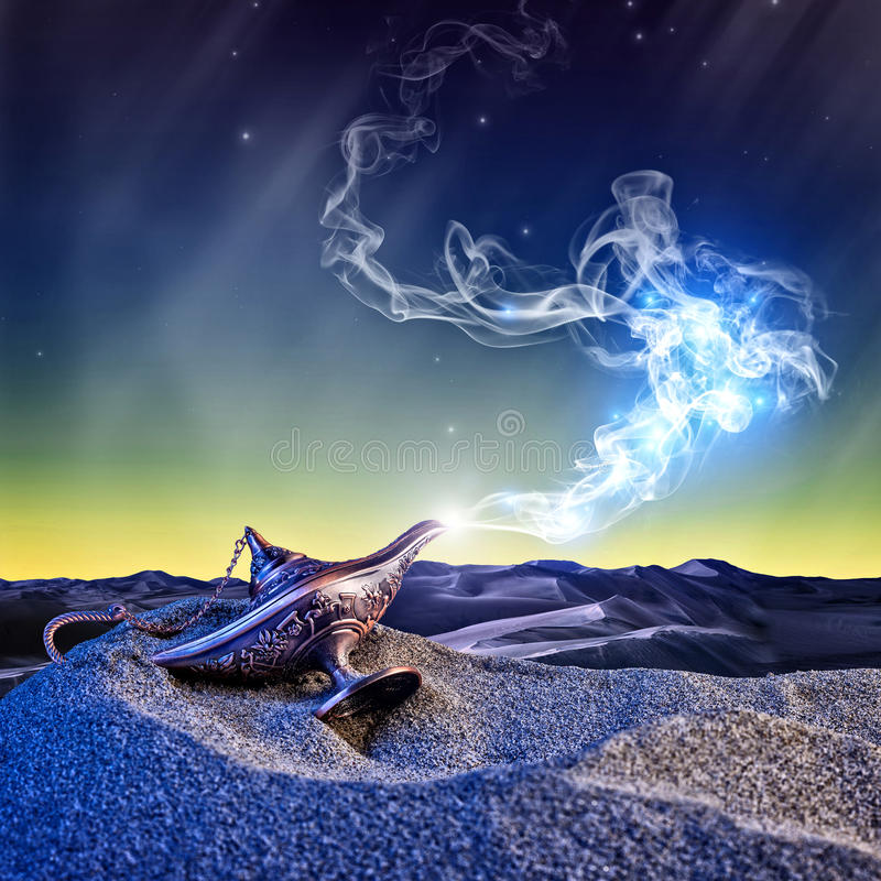 Lampada di Aladdin magica fotografia stock libera da diritti