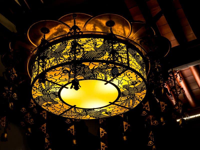 Lampada moderna in tempio immagine stock libera da diritti