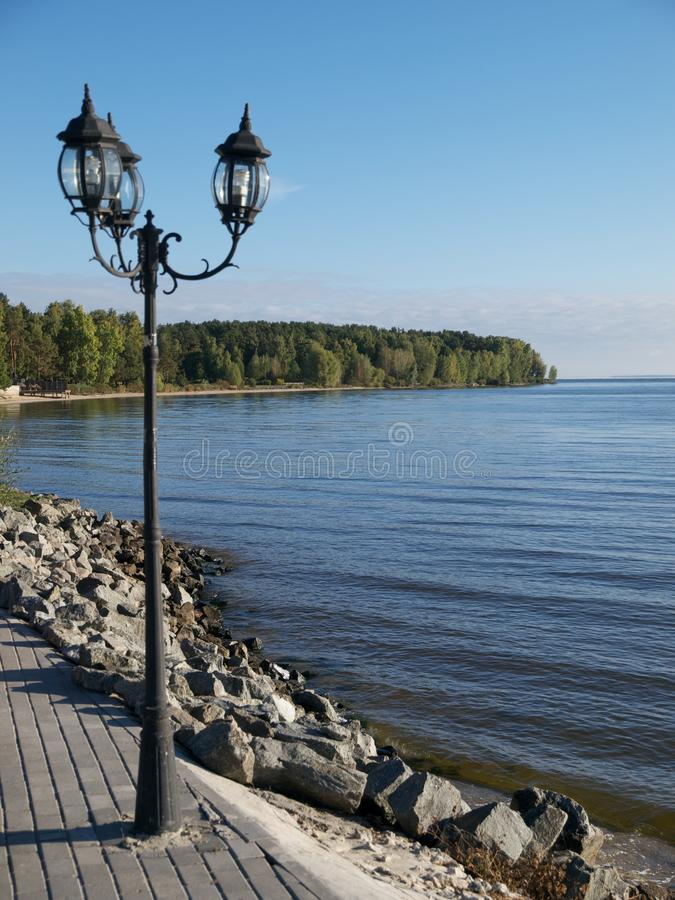 Lampada sul lago immagini stock