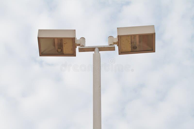 Lampadaire. Réverbère électrique. images stock