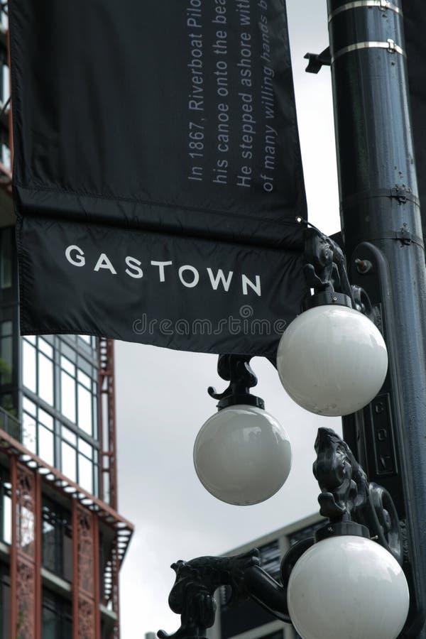 Lampade della bandiera e di via di Gastown, Vancouver, Canada immagini stock