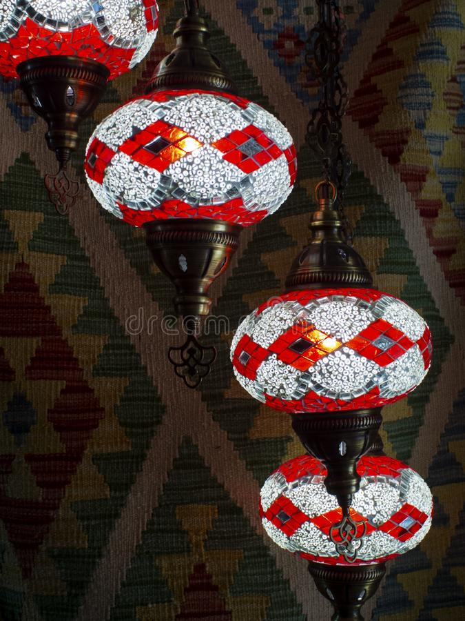 Lampade orientali e tappeti orientali fotografie stock libere da diritti