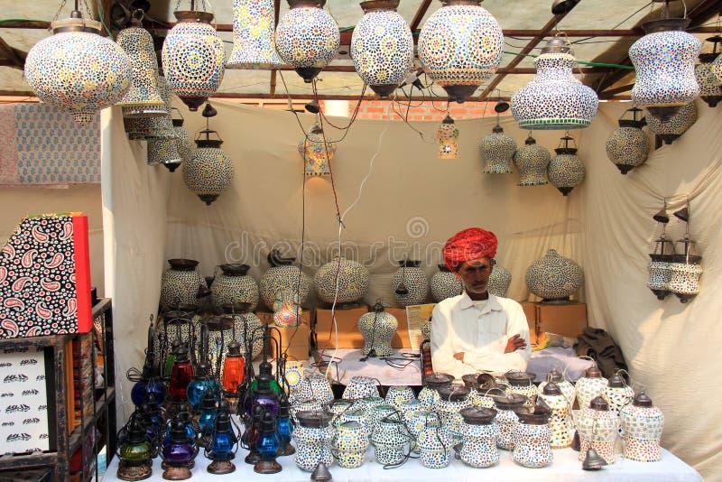 Lampade variopinte di vetro di mosaico fatte a mano fotografia stock libera da diritti