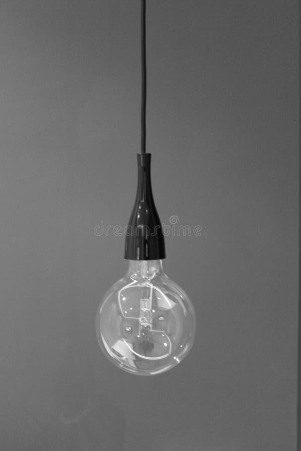 Lampadina in bianco e nero fotografia stock libera da diritti