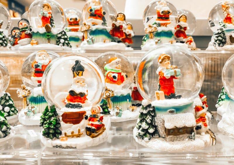 LAMPANG, TAJLANDIA - Na Październiku 30, 2018: Santa Claus boże narodzenia g fotografia royalty free