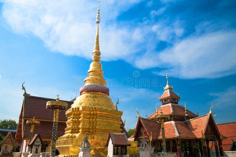 Lampang, templo de Pongsanook, Tailândia foto de stock