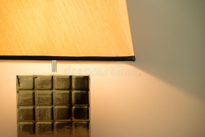 Lampe à la chambre à coucher avec l'espace de copie photo stock