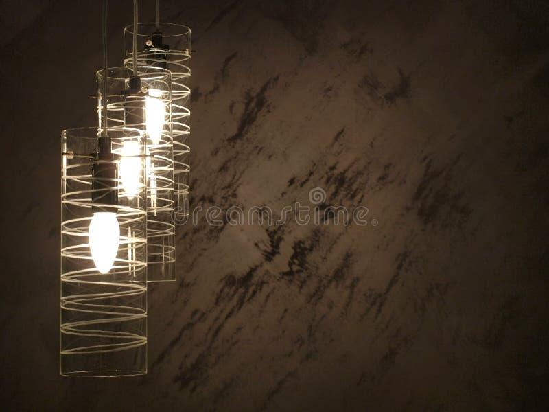 Lampe avec le fond grunge de mur photos stock