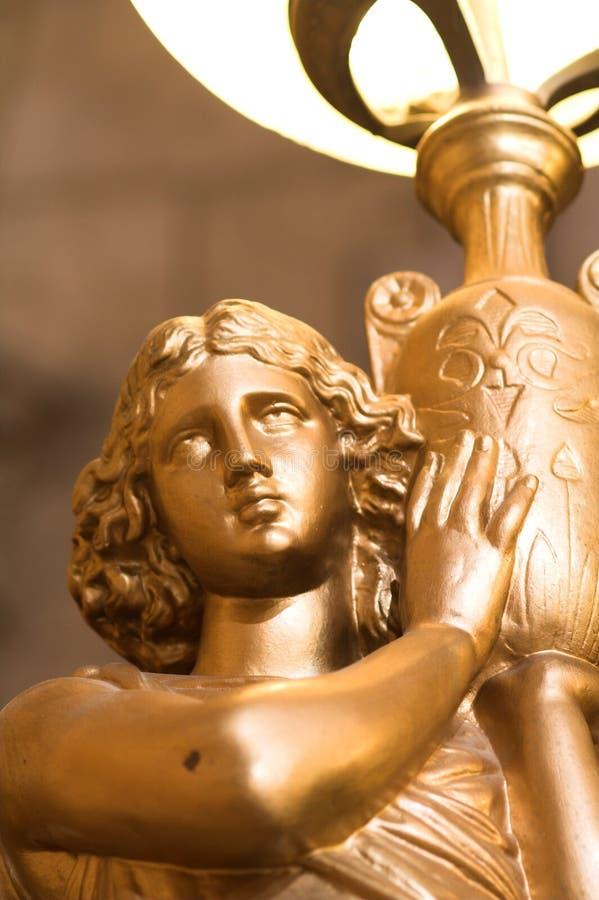 Download Lampe Catholique Antique De Statue Photo stock - Image du crucifixion, croix: 732082
