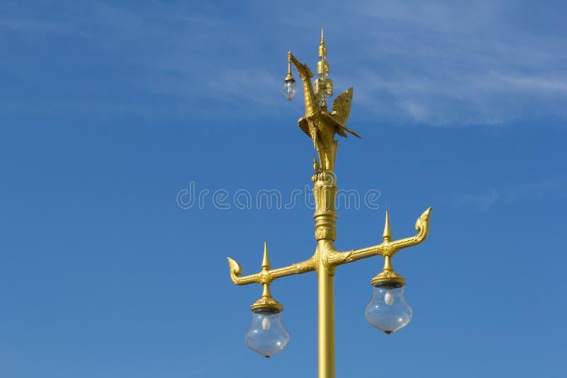 Lampe d'or de courrier de cygne image libre de droits