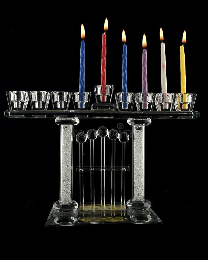 Lampe de cristal Hanukkah menorah de cinquième jour photos stock