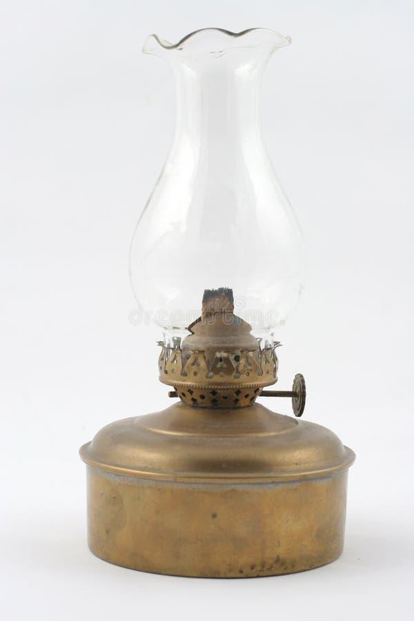 Download Lampe de kérosène image stock. Image du lumière, laiton - 737217
