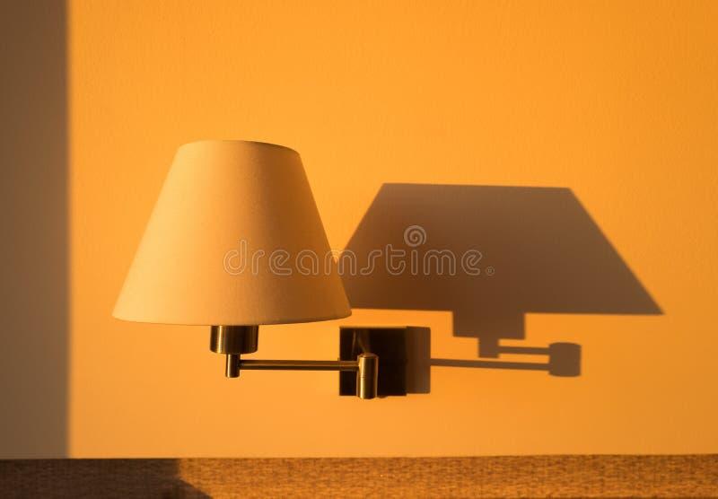 Lampe de mur photographie stock libre de droits