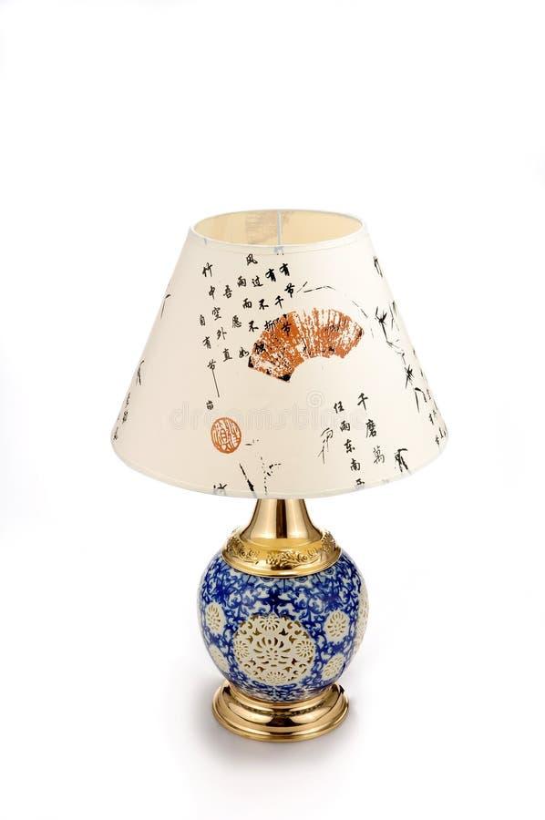 Lampe de table en céramique de style chinois images libres de droits
