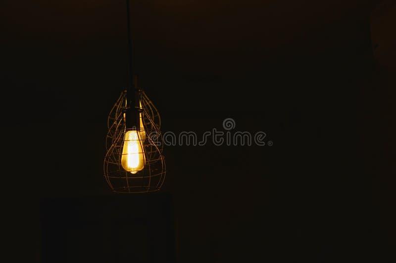 Lampe de trois plafonds dans une rangée images libres de droits