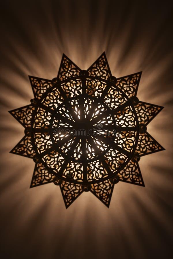 Lampenschirm, marokkanisch, arabisch und schön dekoriert Grundansicht stockfoto