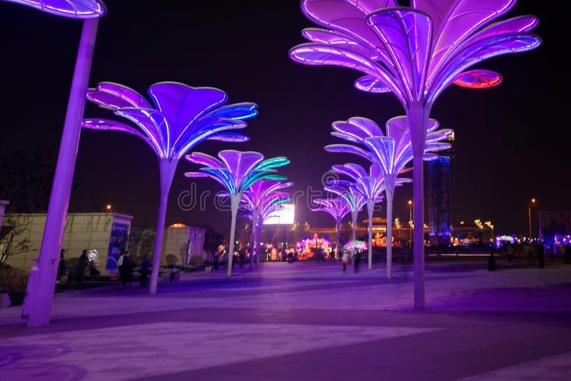 Lampes au néon avec de formes-Le le festival de lanterne différent d'abord à Nan-Tchang photos libres de droits