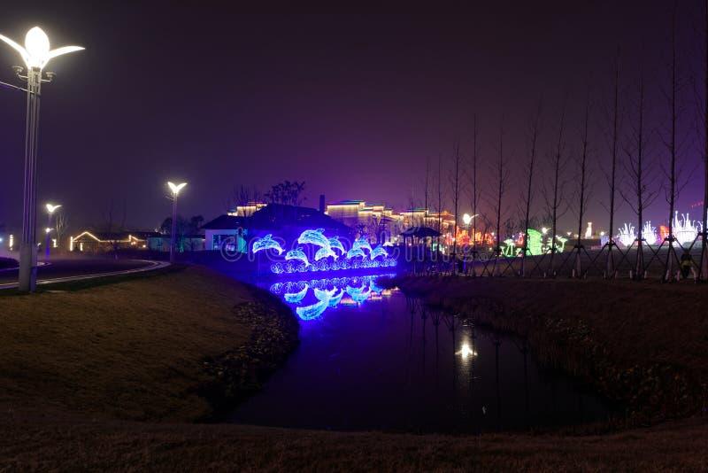 Lampes au néon avec différentes formes photo stock