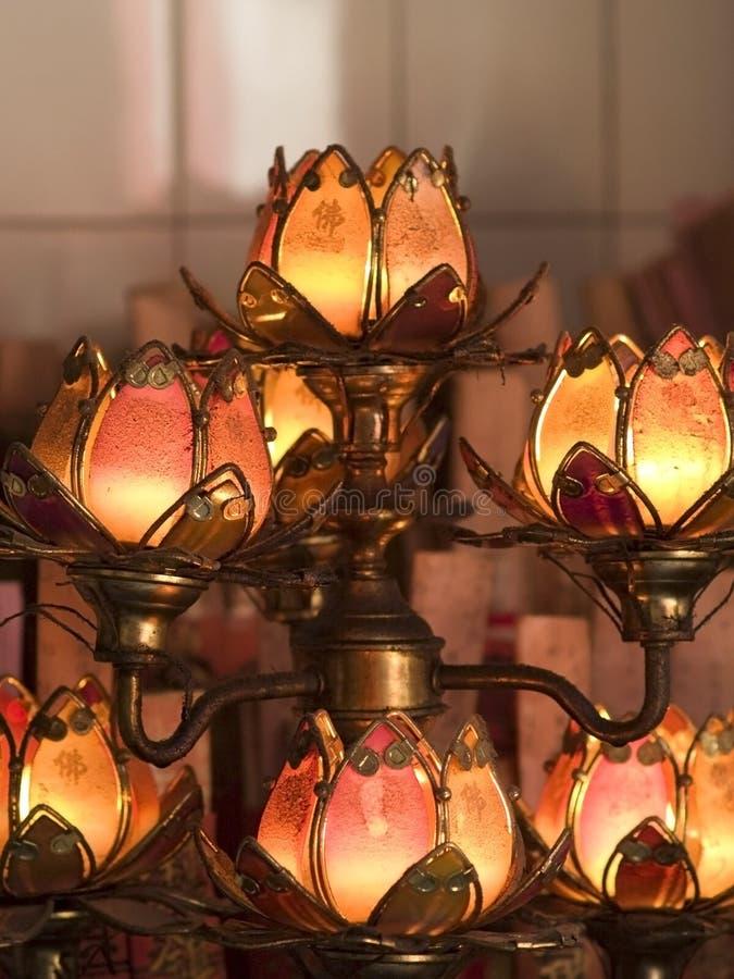 Lampes de temple formées par lotus photos libres de droits