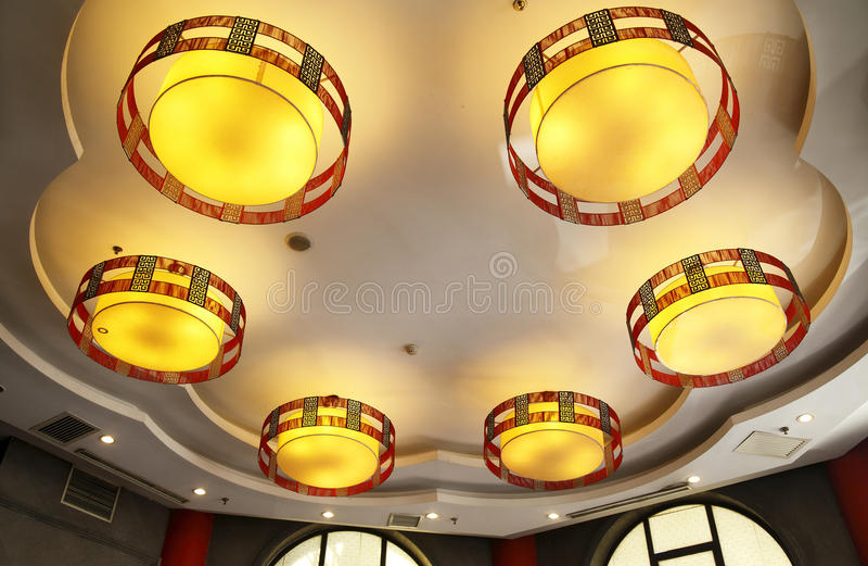 Lampes pendantes exquises photographie stock