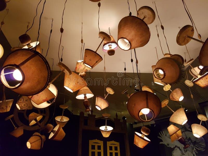 Lampes soulevées image stock