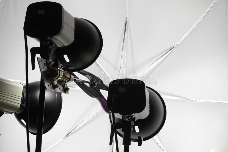 Download Lampfoto arkivfoto. Bild av lampa, paraply, lighting - 19783828