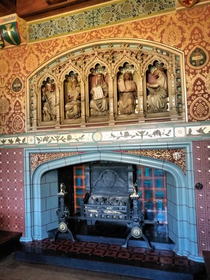 Lampglas i den Cardiff slotten Wales, Förenade kungariket arkivbilder