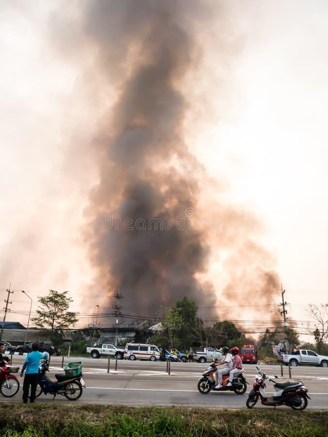 Lamphun, Tailandia - 9 de abril de 2016: Durante mañana el 9 de abril, 2 imágenes de archivo libres de regalías