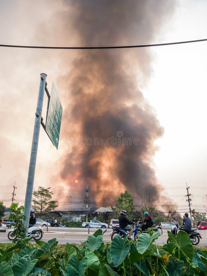 Lamphun, Thailand - 9. April 2016: Während des Morgens am 9. April, 2 stockbilder
