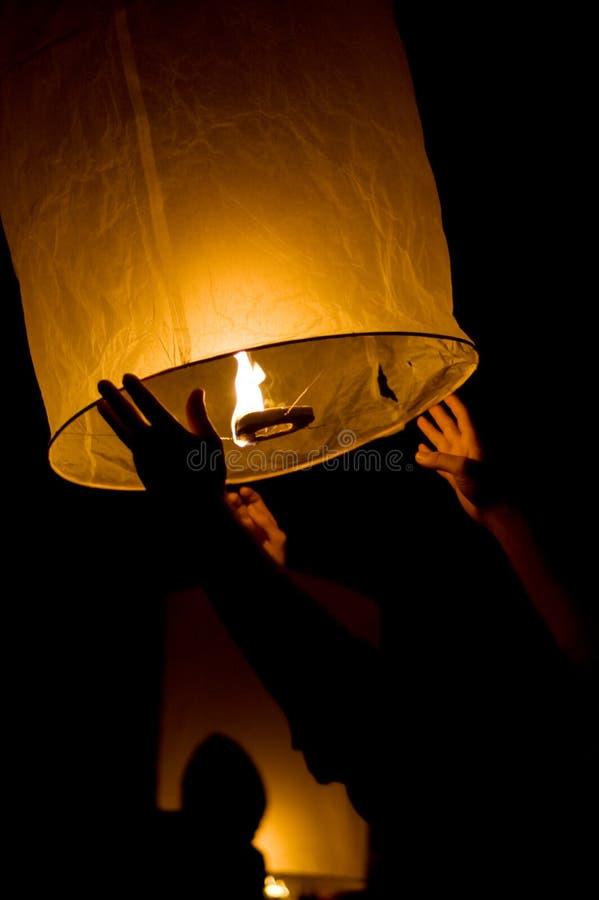 Download Lampion zdjęcie stock. Obraz złożonej z ręka, asia, 1 - 13326632