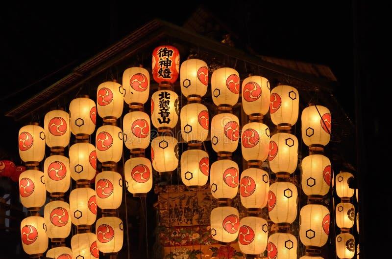Lampiony i pławik Gion festiwal w Kyoto, Japonia fotografia stock