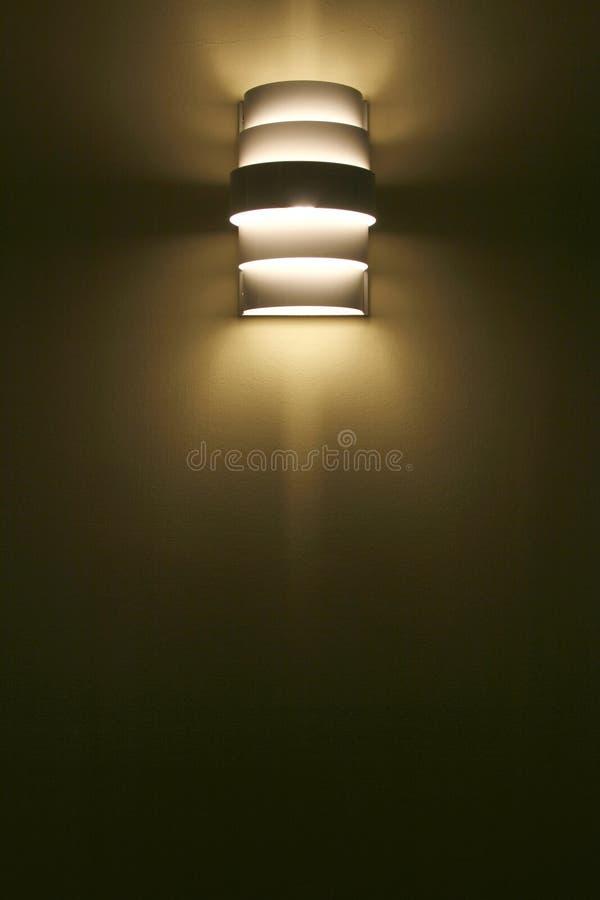 Lampowy cień