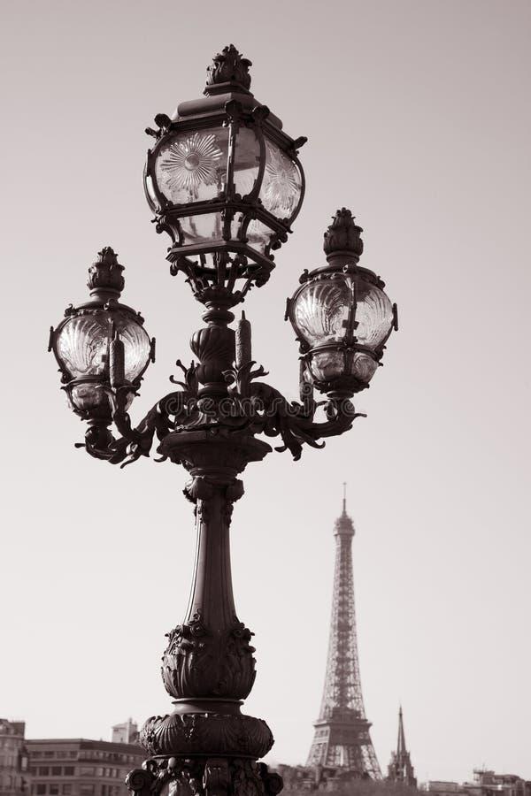 Lamppost på den Pont Alexandre III bron, Paris arkivfoto