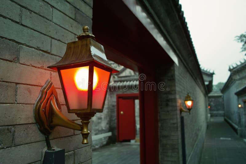 lampvägvägg royaltyfri fotografi