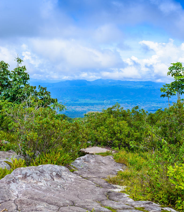 Lan Hin Pum (естественное явление) на PA Phu Hin Rong Kla национальном стоковое фото