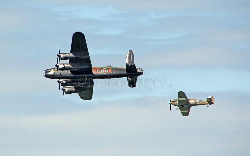 Lancaster bombplan och gatuförsäljare Hurricane royaltyfria bilder