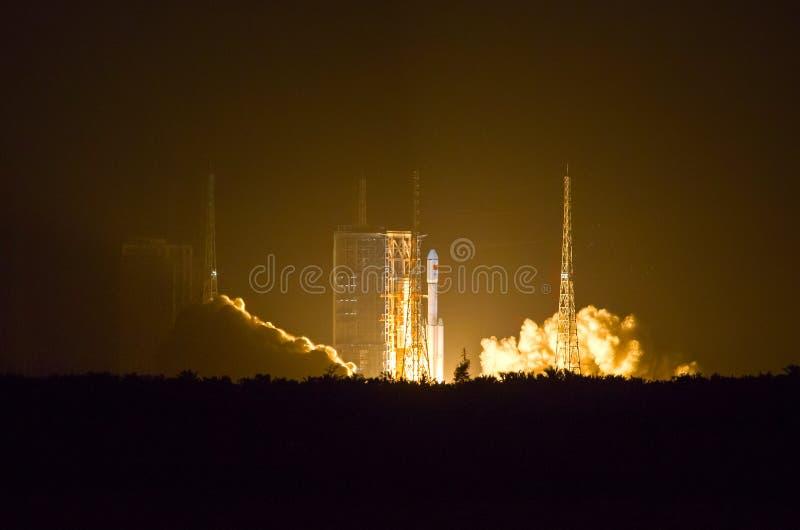 Lancement de fusée de l'espace images libres de droits