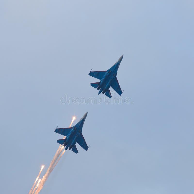 Lancements militaires d'avions à réaction antimissile photos stock