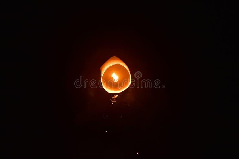 Lancering het drijven het Festival van lantaarnsyeepeng in Chiangmai-stad stock afbeeldingen