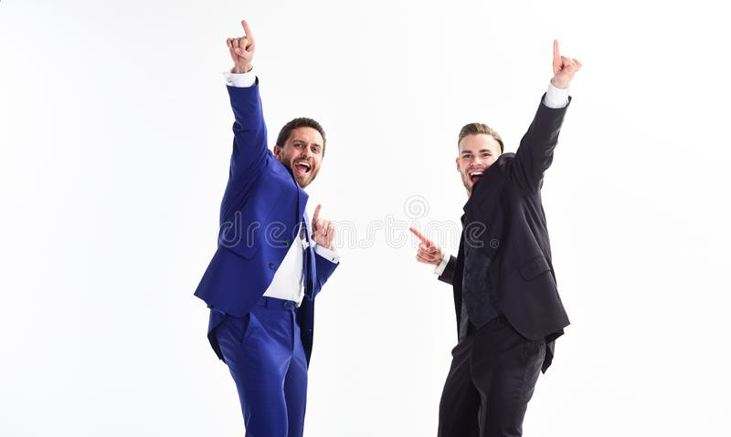 Lancerings eigen zaken Bedrijfs succes De partners vieren succes Bedrijfsvoltooiingsconcept Bureaupartij stock foto
