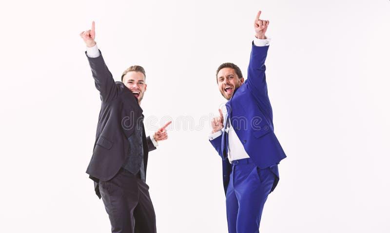 Lancerings eigen zaken Bedrijfs succes De partners vieren succes Bedrijfsvoltooiingsconcept Bureaupartij stock foto's