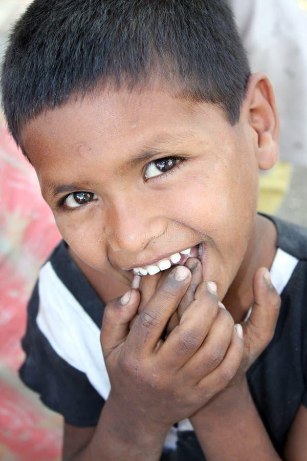 Lanci il bambino povero fotografia stock libera da diritti