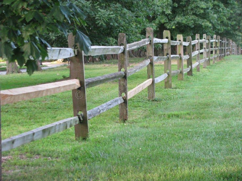 Land fenceline lizenzfreie stockfotografie