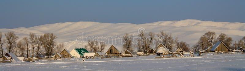 Land i vintern Bashkiria royaltyfria bilder