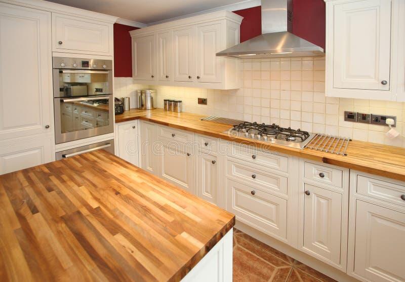 Land-Küche-Innenraum stockfoto. Bild von haupt, fächer - 9694730
